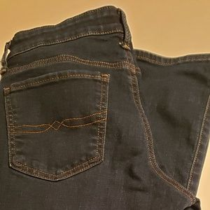 Lucky Brand womens Jean's sweet boot  size 6/28